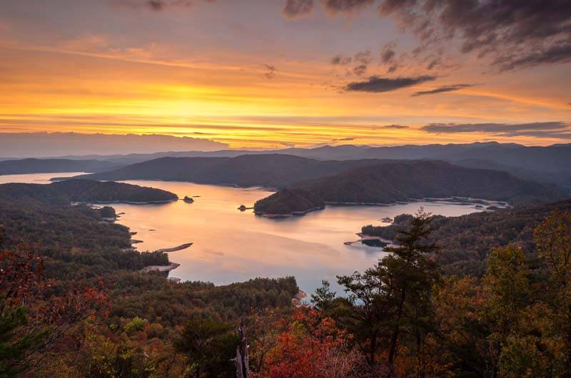 Enjoy Fall 2018 With Eclectic Sun @ Lake Jocassee