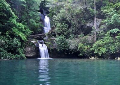 jocassee-waterfall-sc