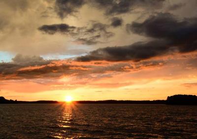 sunset-lake-jocassee-sc